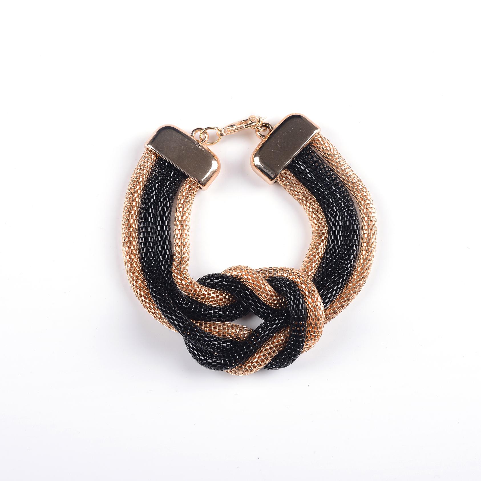 Arany-fekete csavart bizsu karkötő c83b566686